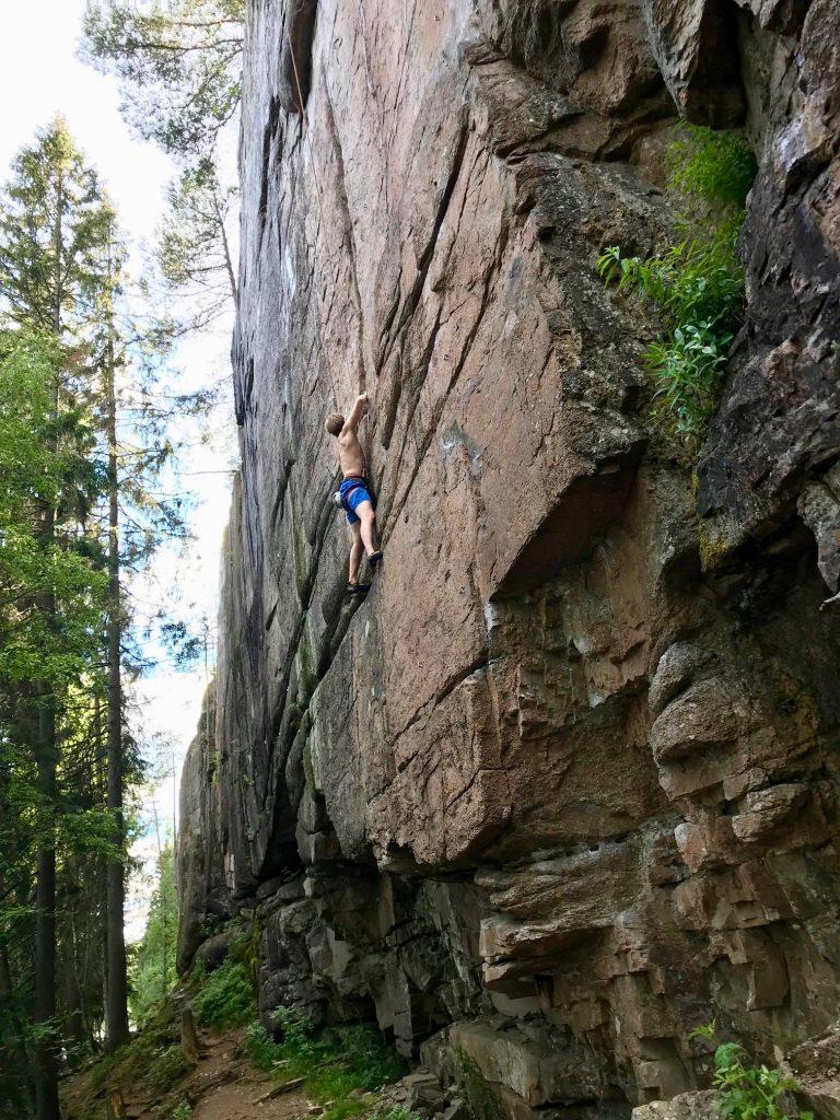 Årsmøte og sikrere klatring 12. mars